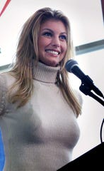 Country music star Faith Hill is a native of Mississippi.