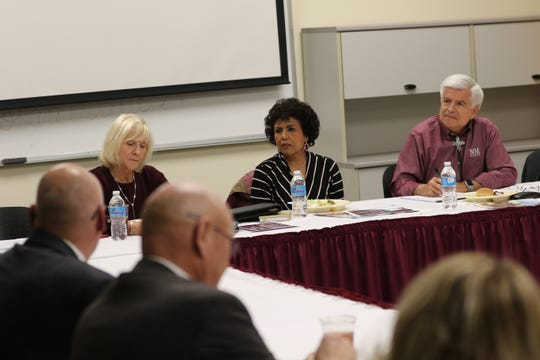 (left to right) New Mexico State University Board of Regents member Debra Hicks, Vice Chair Ammu Devasthali, and NMSU Chancellor Dan Arvizu hold a meeting, Jan. 16, 2020 at NMSU Carlsbad.