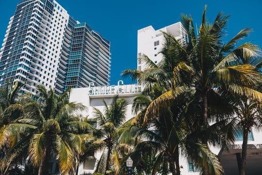Miami Beach hotel employees taken to hospital after carbon monoxide leak