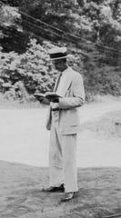 Horace Kephart reading