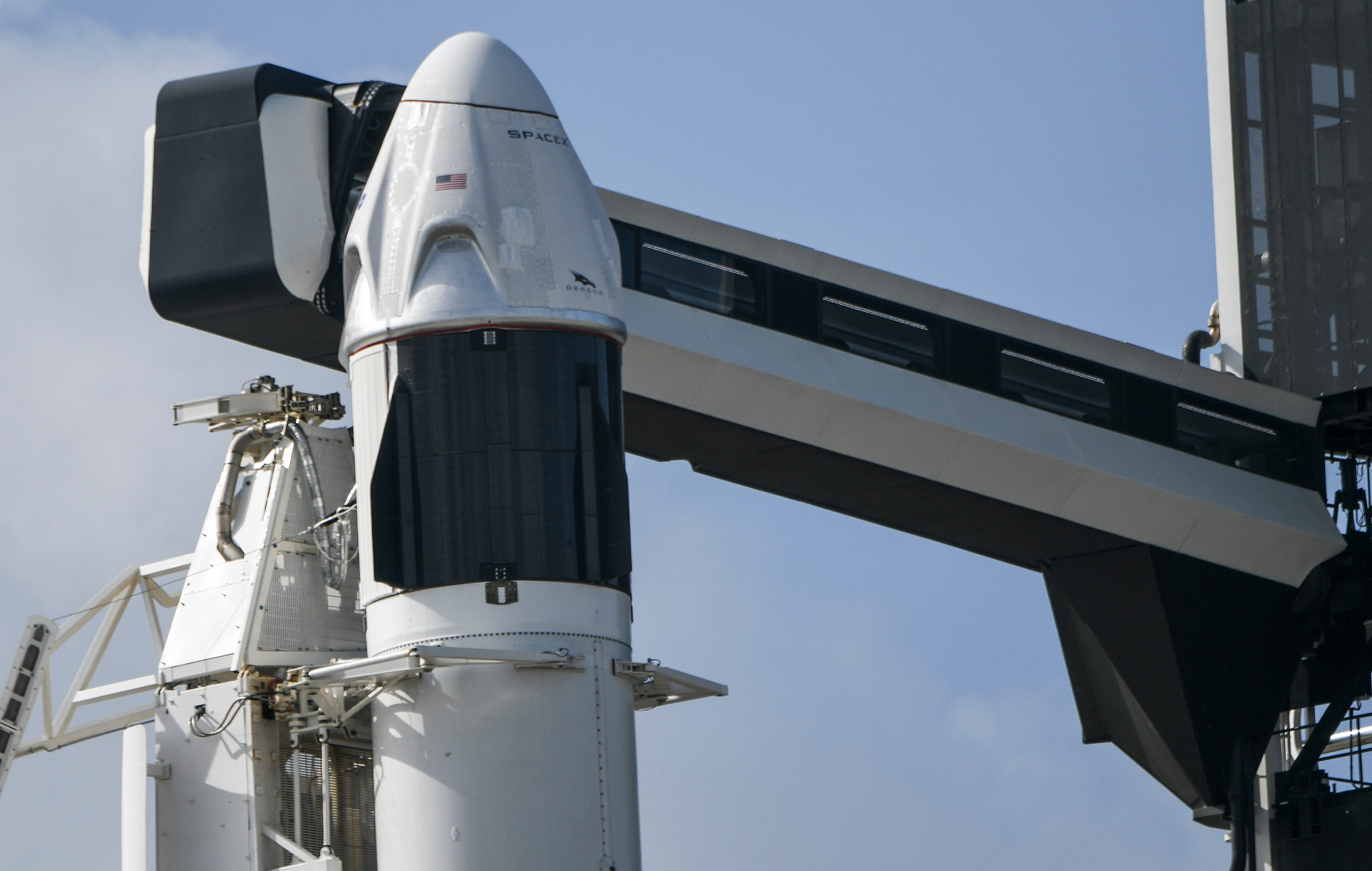 SpaceX signs agreement to fly private customers on Crew Dragon spacecraft