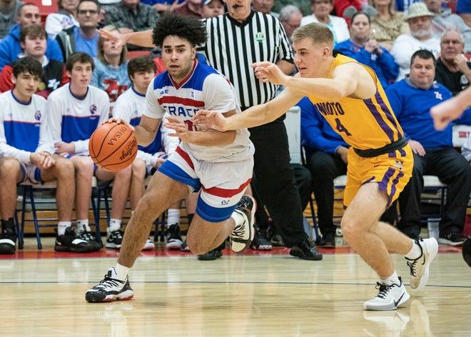 The Zane Trace boys basketball team defeated Unioto 51-37 at Zane Trace High School on Saturday, Jan. 18, 2020.
