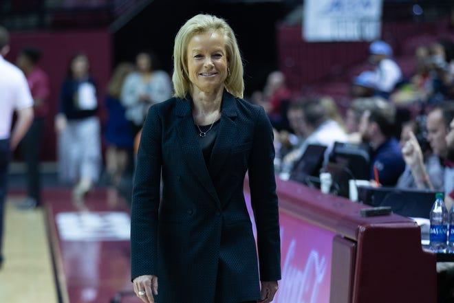 Coach Samarau currently has a record of 466–252 during her time at FSU.