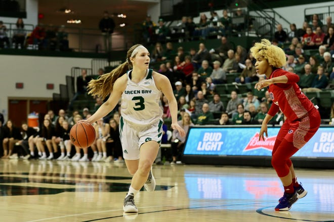 UWGB guard Frankie Wurtz had 5 points, 5 rebounds and 2 assists in a 73-36 win over UIC on Sunday afternoon at the Kress Center.