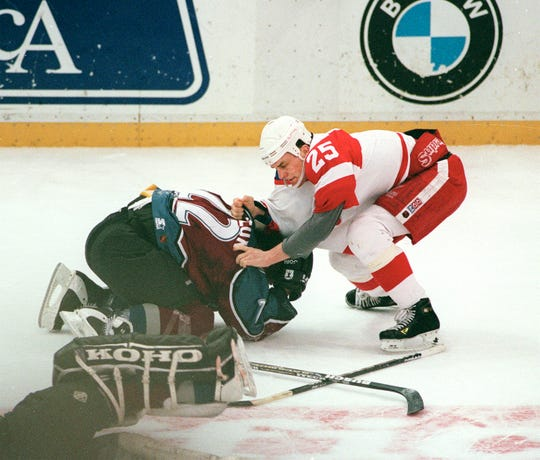 Darren McCarthy's fight with Avalanche forward Claude Lemieux in March 1997 was one of the classic memories of the Wings and Avalanche games in the 1990s.