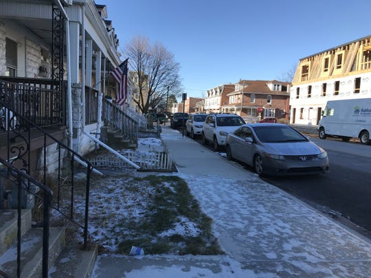 This is the 700 block of Chestnut Street in York, where York City Police say a man was shot in the abdomen.