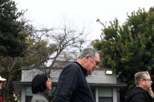 El alcalde Joe Gunter participa en la marcha del Día de Martin Luther King, el 20 de enero de 2020.