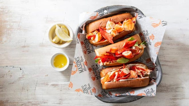 Mason's Famous Lobster Rolls opened Jan. 15 in downtown Fort Myers.