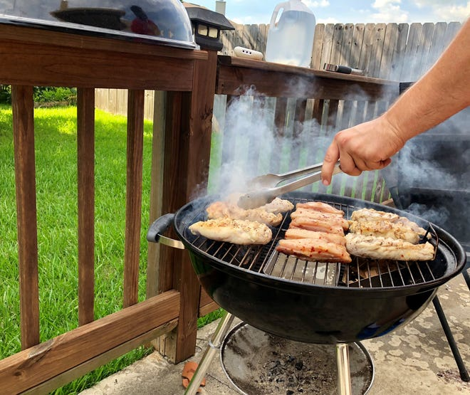 Grilling with charcoal