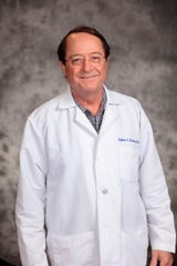 Doctors like Stephen DeSantis are an example of the remarkable bedside manner patients have come to expect from Madera Community Hospital.
