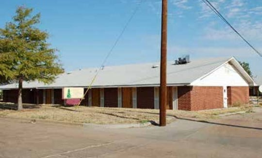 A former nursing home facility on Sixth Street was sold for $5,000 to the Base Camp Lindsey organization. The group aims to turn it into a 25-bed facility for homeless veterans.