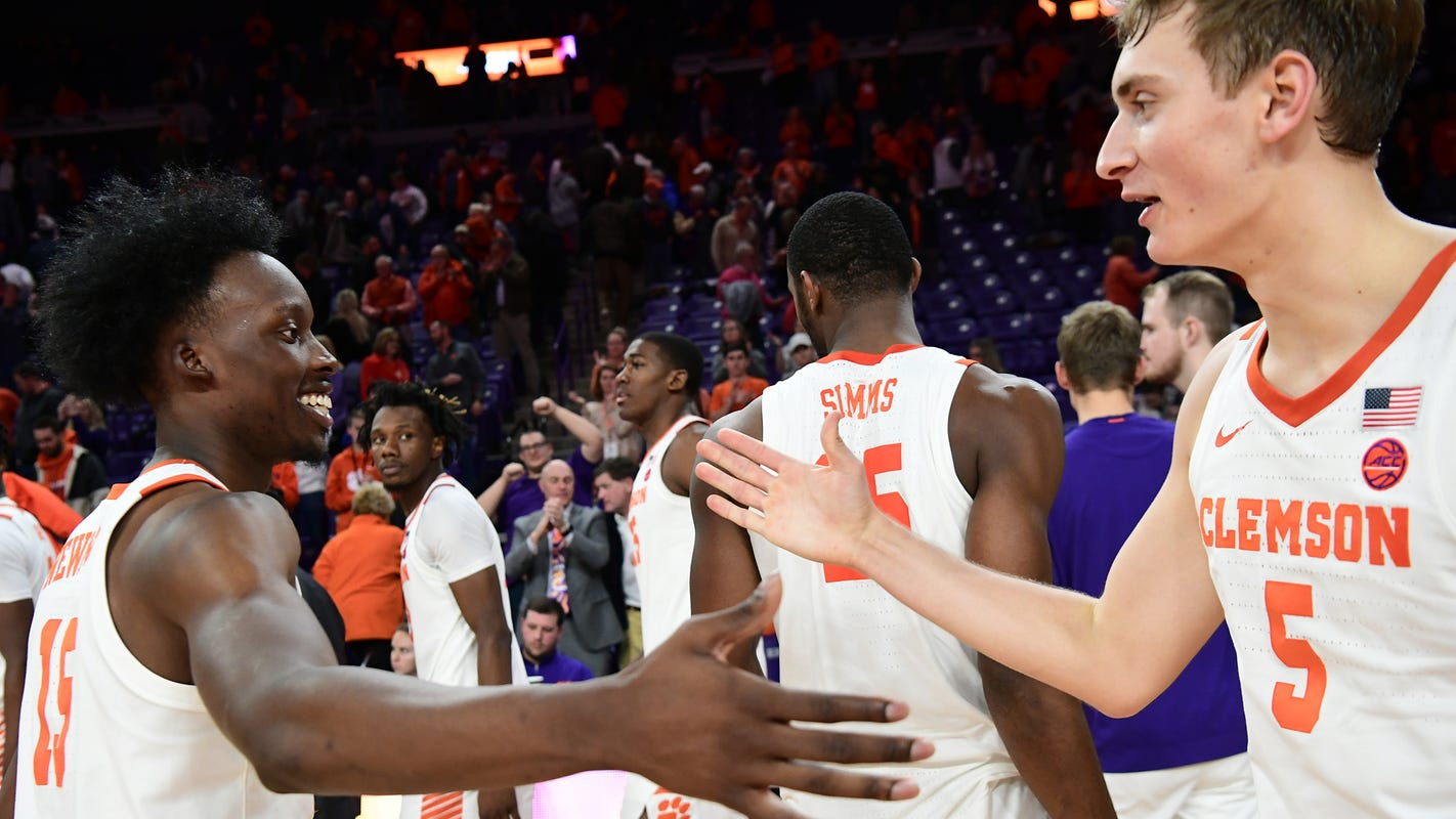 Clemson eyes a second 'signature' ACC win at No. 6 Louisville