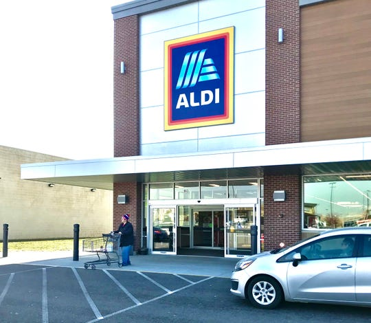 The new Aldi store in the Cross Creek shopping center, in Heath.