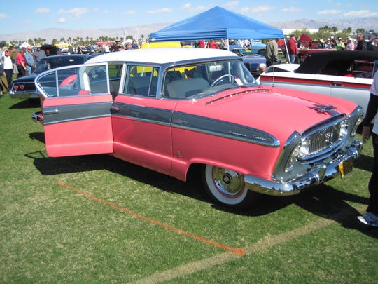 Palm Springs Cruisin' Association is devoted to promoting camaraderie among car enthusiasts and to stage and promote charitable car events.