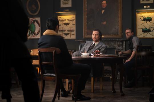 """Matthew McConaughey and Charlie Hunnam in """"The Gentlemen."""""""