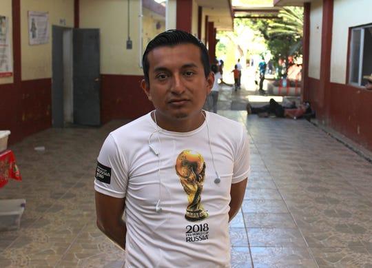 Fotografía fechada el 21 de enero del 2020 de David López, encargado del albergue Jesús El Buen Pastor, posando al termino de una entrevista con Efe, en la ciudad de Tapachula en el estado de Chiapas (México).