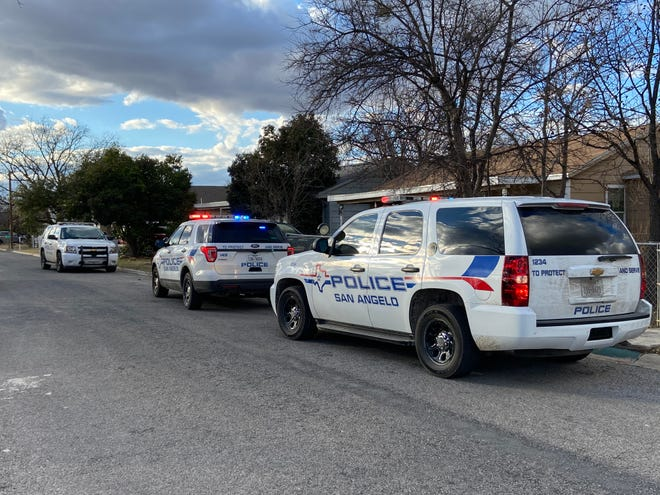 San Angelo police officers responded to a call of a stabbing victim Wednesday afternoon on the 600 block of West Avenue X as seen in this Wednesday, Jan. 22, 2020 photo.