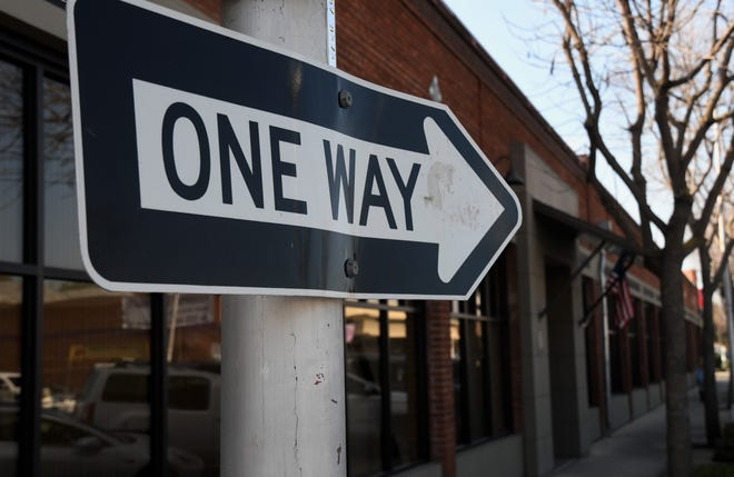 The city wants community feedback on possibly converting Main Street and Center Avenue to one-way streets between Santa Fe Street and Ben Maddox Way.
