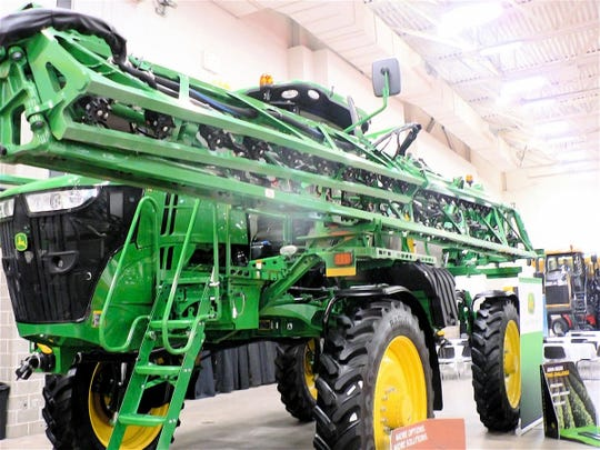 A field sprayer that will cover 120 feet at a pass.