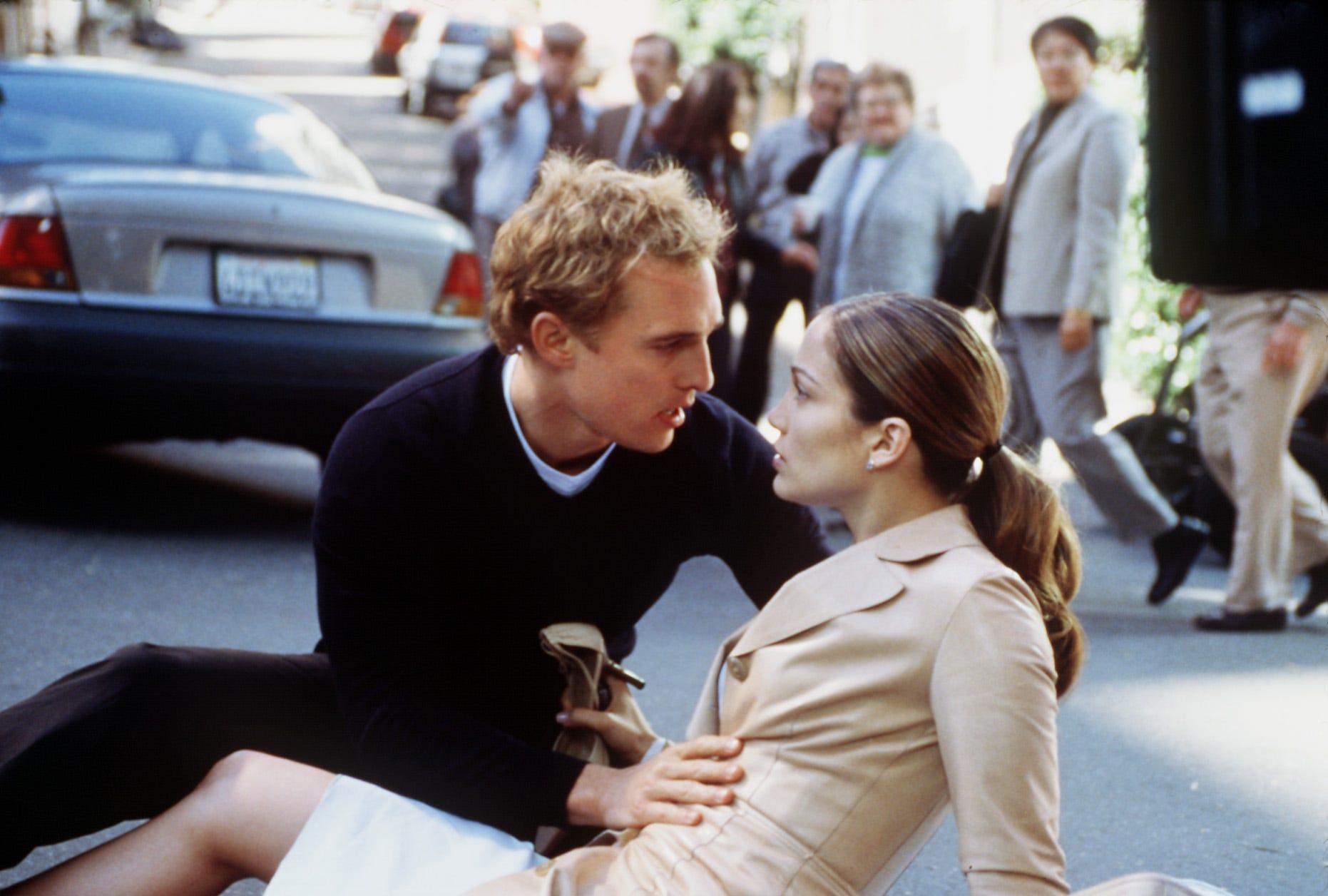 Jennifer Lopez dishes on kissing Matthew McConaughey during  Wedding Planner  reunion