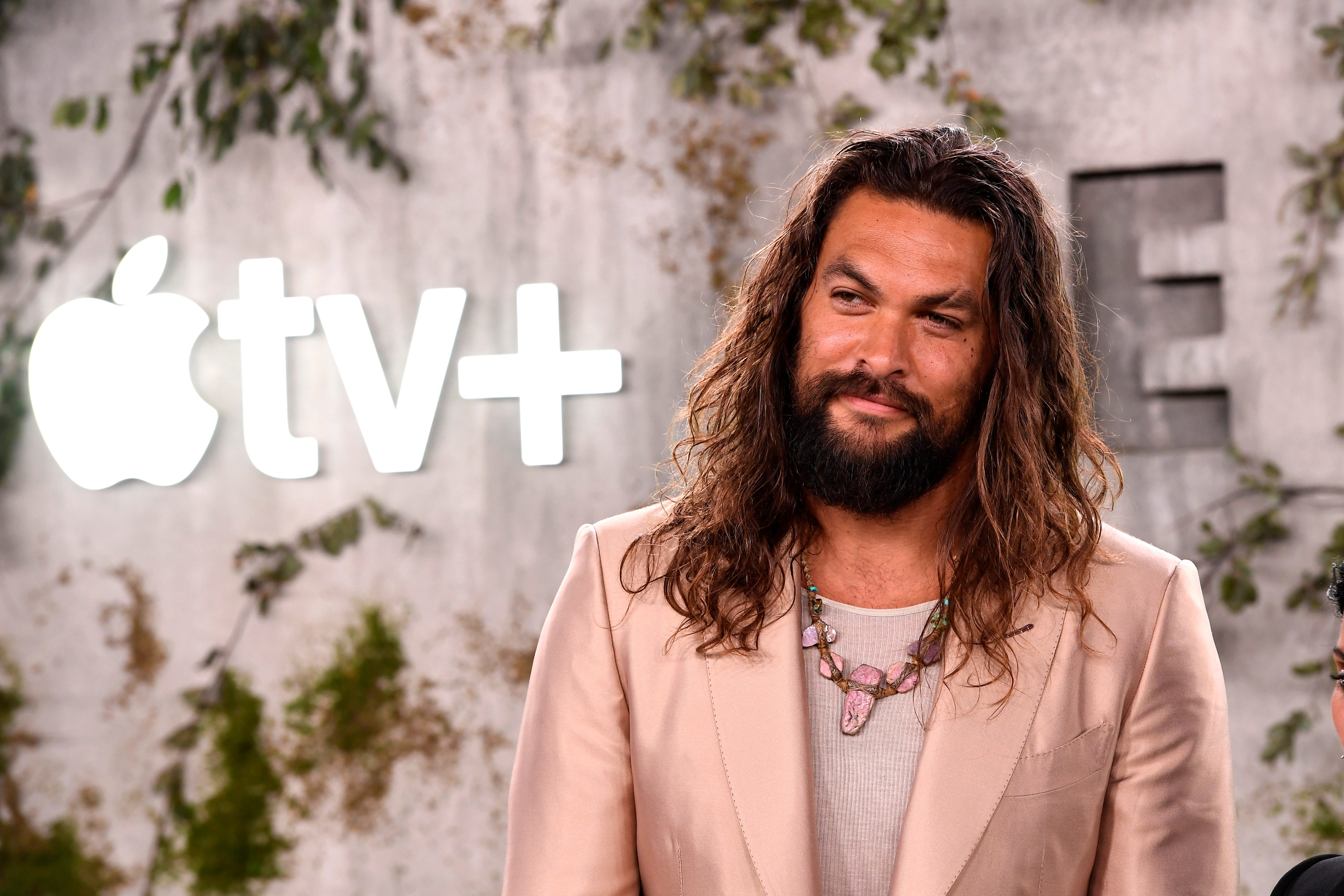 Jason Momoa visits young fans at children s hospital:  Greatest part of being Aquaman