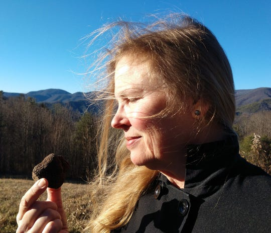 Susi Gott Séguret with a fresh-dug WNC truffle.