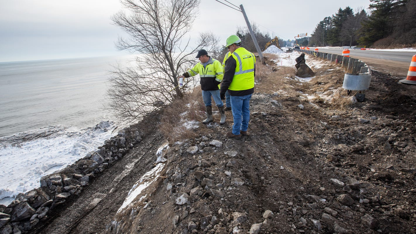 Record high water levels wreaking havoc on Great Lakes coastline cities