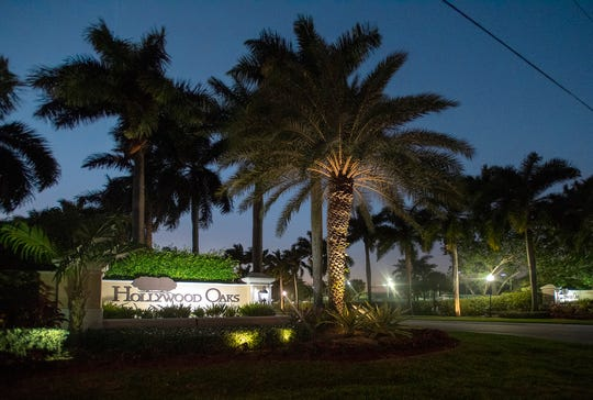 Hollywood, Florida police swarmed the house of NFL star Antionio Brown in the city's Hollywood Oaks gated community on Tuesday. The free-agent wide receiver is facing possible battery charges in a case involving a truck driver.