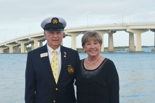 Marco Island Yacht Club 2020 Commodore Ray Rosenberg and wife Linda Brown Spell.