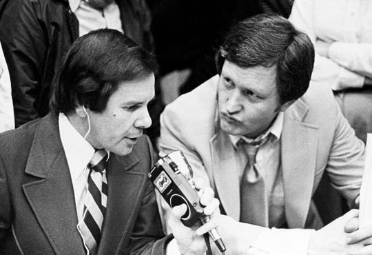 Long-time MTSU play-by-play broadcaster Monte Hale interviews Jimmy Earle.