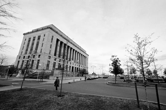 The Metro Courthouse in downtown Nashville stands in solitary grandeur on the public square Jan. 17, 1980.