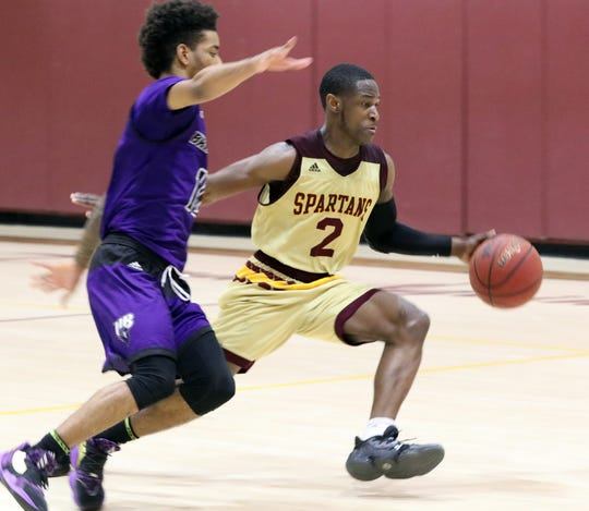 St. Thomas Aquinas' Demetre Roberts during a game with Bridgeport at STAC Jan. 22, 2020.