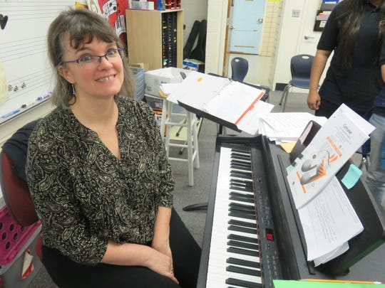 Cedar Bluff Middle School music teacher Edie Taylor behind her keyboard on Jan 22, 2020.
