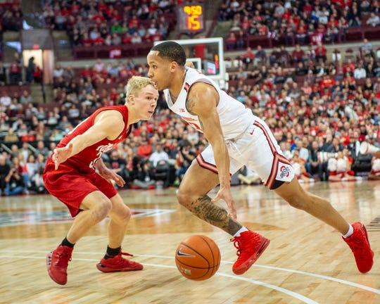 C.J. Walker drives to the basket during Ohio State's lone win so far in January when it beat Nebraska 80-68 last week.