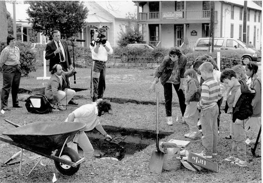 Good Morning America shines a national spotlight on UWF's archaeology field work efforts in 1989 in downtown Pensacola.