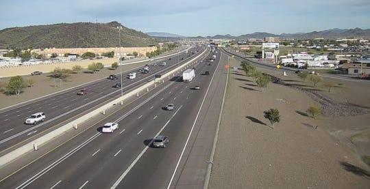 Motorists travel on Interstate 17 near Deer Valley Road on Friday, Jan. 24, 2020.