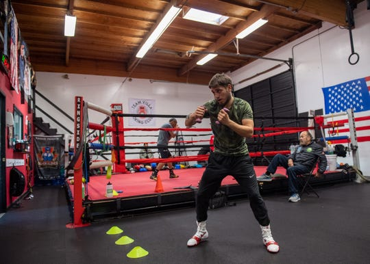 Everett Alvarez alum and Salinas native Ruben Villa IV trains for his upcoming fight in Louisiana. Jan. 14, 2020.