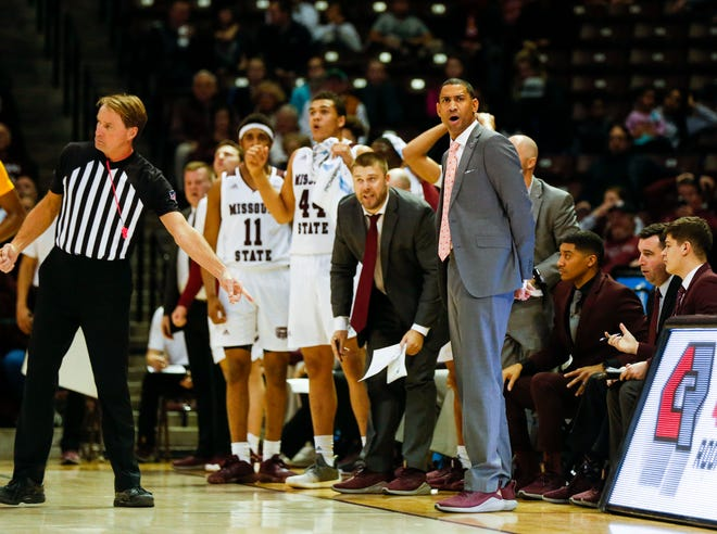 """Despite the Bears coming up short against Drake on Sunday in a 71-69 loss, MSU Bears head coach Dana Ford said he was proud of his team's effort. """"They hung in there and kept fighting,"""" he said on the postgame radio show."""