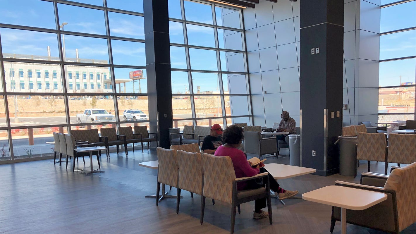 El Paso veterans health care system moves mental health services to airy, bright clinic