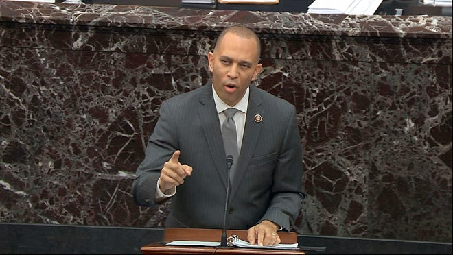 U.S. Rep. Hakeem Jeffries, a 1992 Binghamton University graduate, will deliver the keynote speech at Binghamton University's 2020 commencement exercises Sunday, Oct. 10, 2021, during the university's Homecoming Weekend.