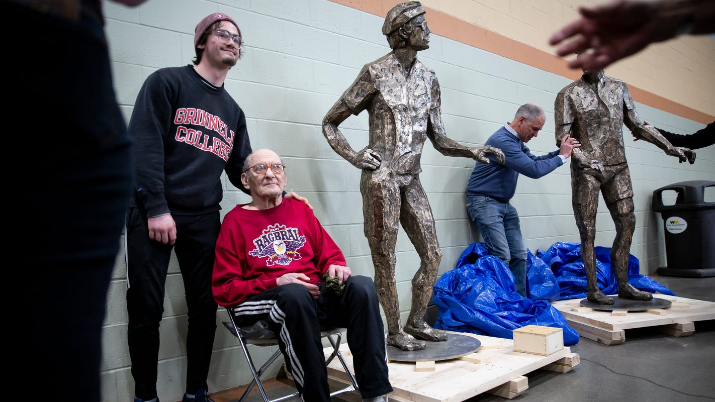 RAGBRAI forever: Statues honoring founders, rider memories, unveiled