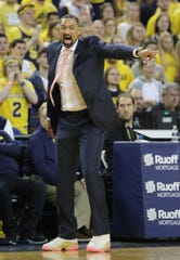 Michigan coach Juwan Howard protests a call during the second half against Illinois on Saturday, Jan. 25, 2020 at the Crisler Center.