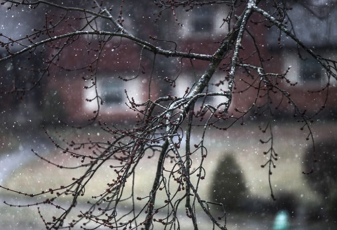 There is a slight chance for snow flurries Thursday, according to the National Weather Service.