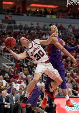 Darius Perry sparks Louisville basketball to dominant win over Clemson