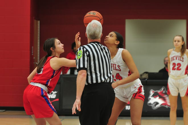 The Richmond girls basketball team improved to 11-10 (4-4 NCC) with a 29-25 win over Kokomo on Friday, Jan. 24, 2020.