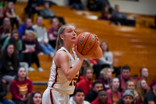 Roosevelt's Tatum Kooima (15) prepares to shoot a three point shot from the outside during the game against Rapid City Stevens on Friday, Jan. 24, 2020 at Roosevelt High School.