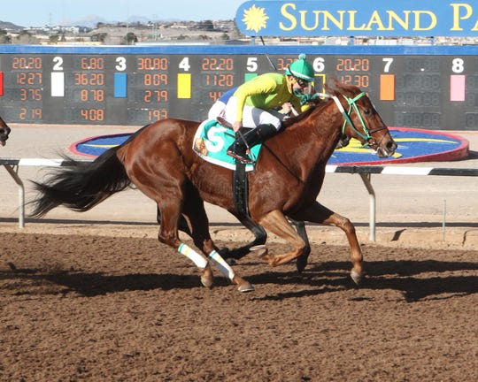 Chief Cicatriz won the six furlong, Fort Bliss Stakes on Saturday at Sunland Park Racetrack & Casino.