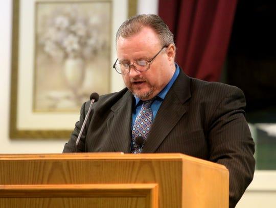 Pastor Robert Kincannon preaches at Jessie Barnes' memorial service Saturday, Jan. 25, 2020, at Jefferson Street Baptist Church.