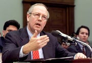 Independent Counsel Kenneth Starr testifies before the House Judiciary Committee on Impeachment inquiry of President Bill Clinton in Washington, D.C., November 19, 1998.