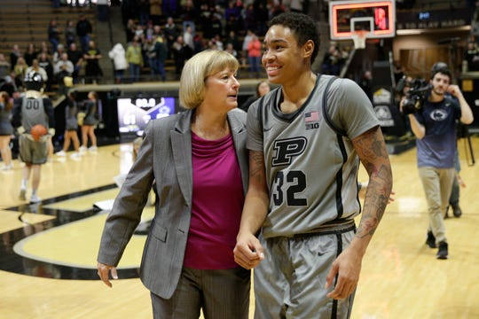 Purdue head coach Sharon Versyp and Purdue forward Ae'Rianna Harris (32) share a moment during the fourth quarter of a NCAA men's basketball game, Sunday, Jan. 26, 2020 at Mackey Arena in West Lafayette.